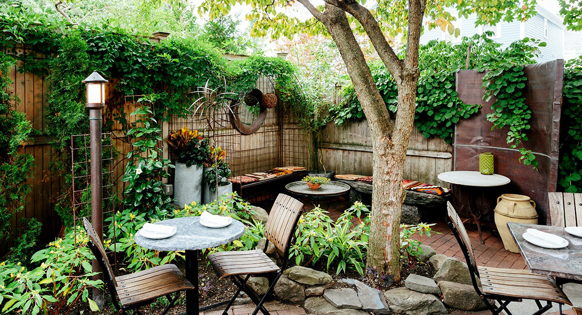 outdoor-dining-sm